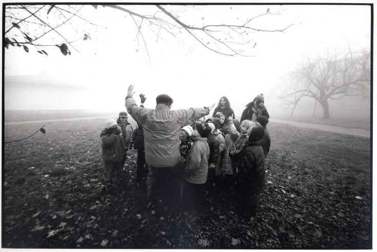 visita scolastica nella nebbia